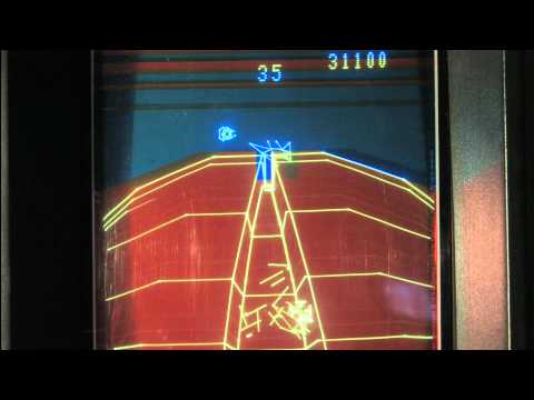 Classic Game Room - STARHAWK review for Vectrex