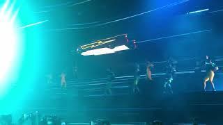 "LOBODA - Начало шоу в Крокусе «Superstar"""