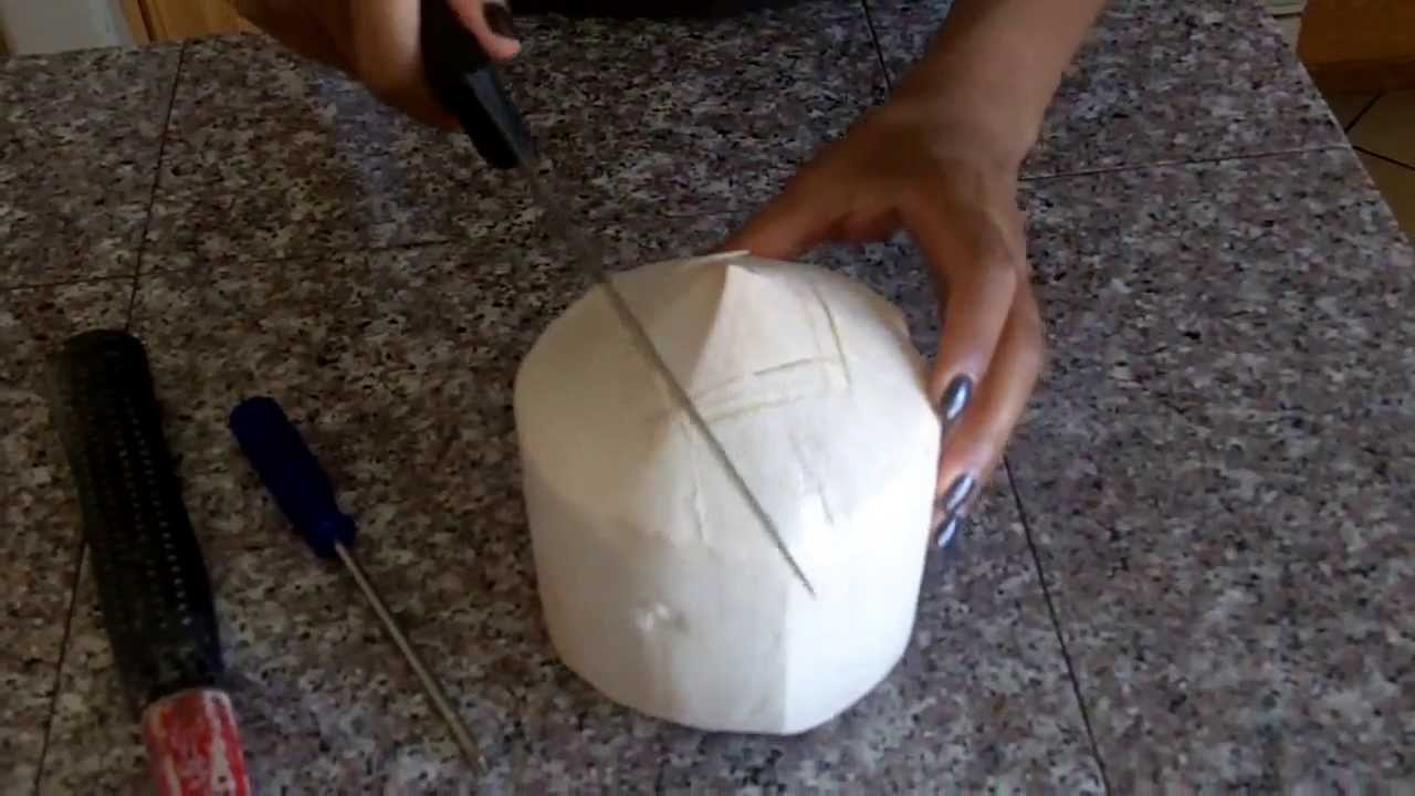 how to cut coconut easily