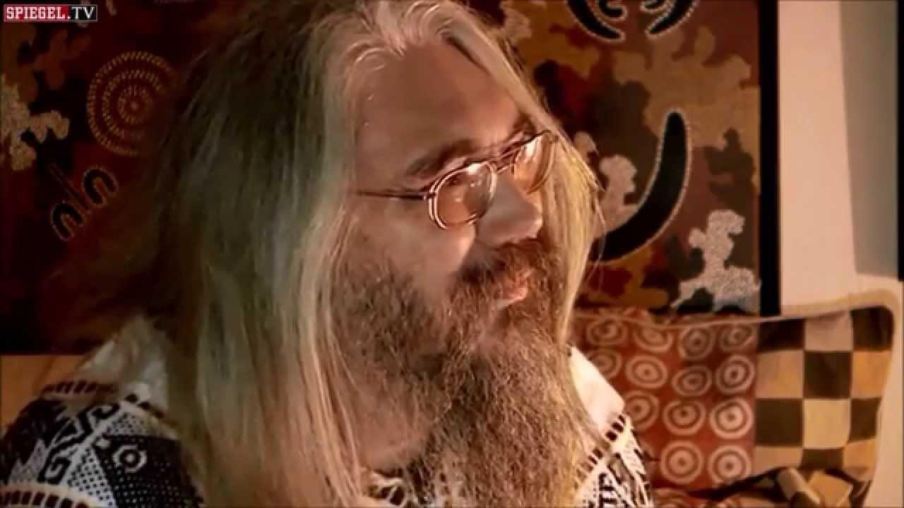 Christian r tsch hausbesuch bei einem ethno for Youtube spiegel tv
