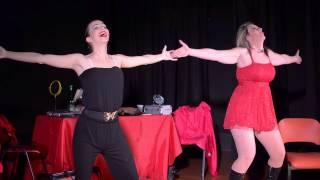 Cabaret d'éloges spectacle humour Astrid Boop Flor Altaïra