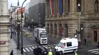 17. listopad - záběry z městských kamer na Národní třídu