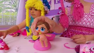 L.O.L Surprise Dolls!  Cry and Spit Baby! Las 2 Muñecas in English S1:E1