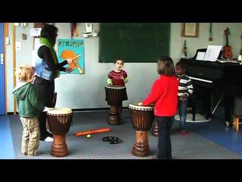 Extrait  d'un cours d'éveil musical ludique et sensoriel-Ecole de musique Martenot Rennes