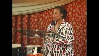 Pastor Silver Am: maman Domitila morte et visite le ciel pendant 4 jours 1