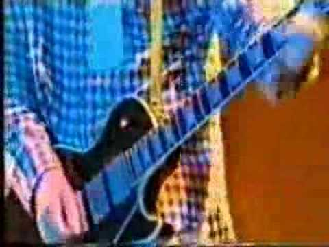 Oasis - Champagne Supernova live at Knebworth - YouTube