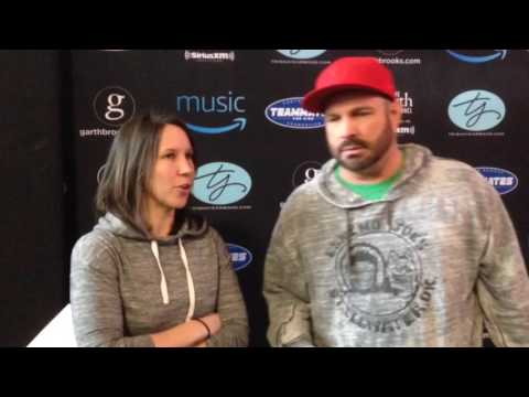 Garth gets emotional over Trisha in Country In 60: Celebrity Edition with Garth Brooks