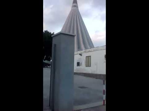 SIRACUSA /SICILIA/ITALIA TALL  CHURCH