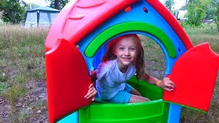 Polina playing with baby dolls and sand molds. Compilation of  best kids video by Polina Play