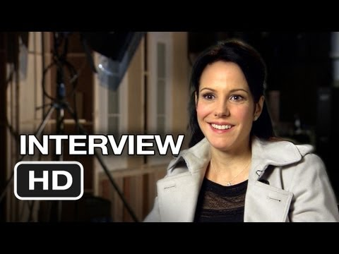 Red 2 Interview - Mary-Louise Parker (2013) - Bruce Willis, John Malkovich Movie HD
