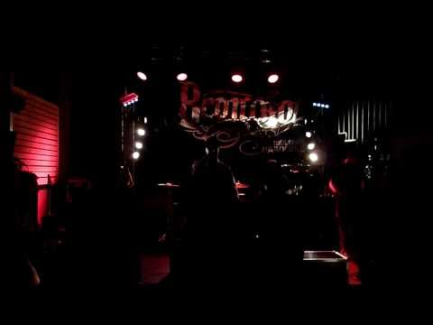 8control - Lentement (live at La Dynamo) - 05/08/2011