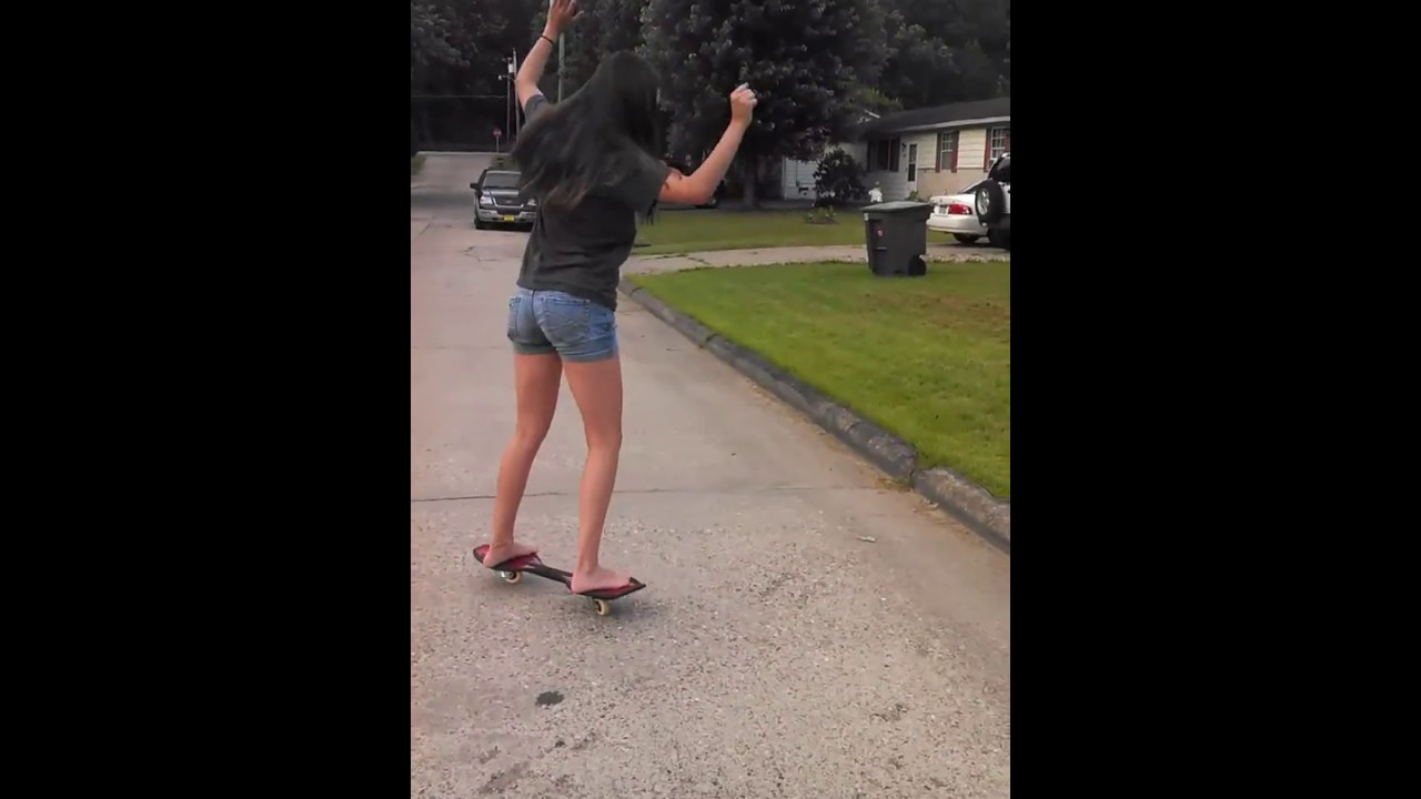 Girl tries to ride a ripstick - YouTube