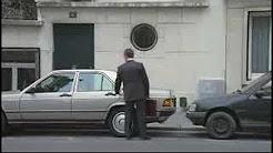 HSBC's ad --Smashed car