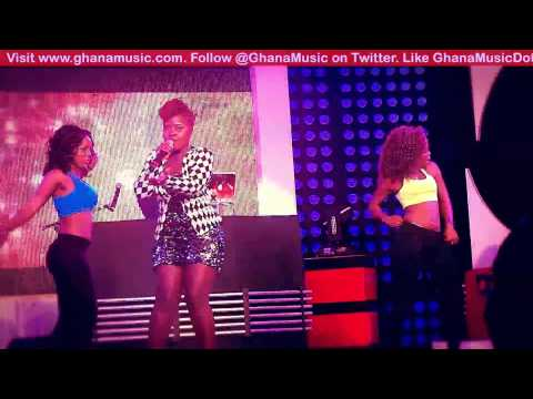 Kaakie - Performing 'Toffee Pon Tongue' at Channel O News launch | GhanaMusic.com Video