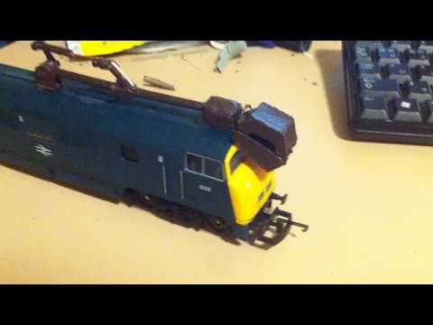 Diesel 10 claw pinchy (lima model) ho scale