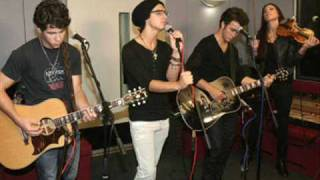 Jonas Brothers - Paranoid (Acoustic) + Download