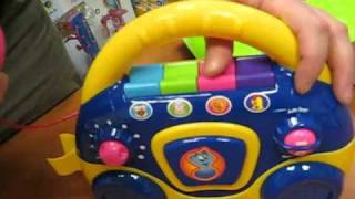 88022 LullaBaby Детское радио-караоке с микрофоном