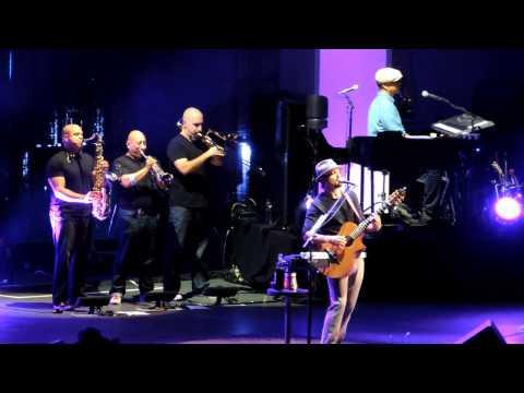 jason mraz- A beautiful Mess (live form the Hollywood Bowl)