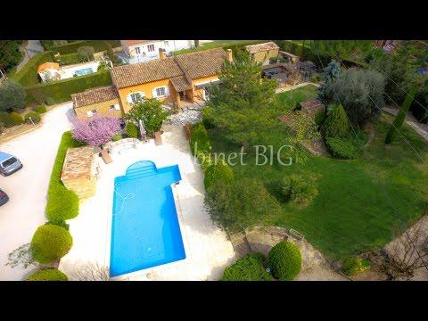 maison T4 le Beausset avec grand jardin, piscine, puit...