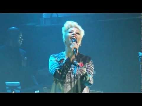 Emeli Sande Performs Daddy/Tiger Live At Birmingham Symphony Hall 08.11.12 002.MP4