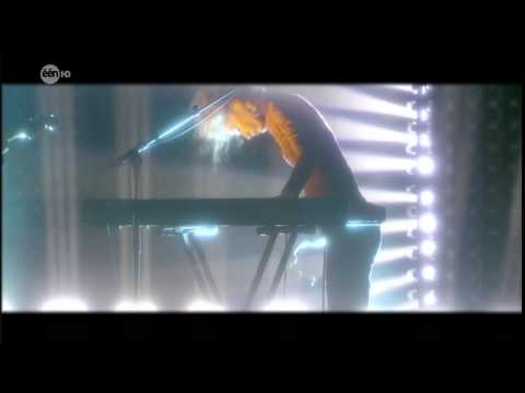SX - The Future (Live @ Vanthilt On Tour, June 12th 2013)