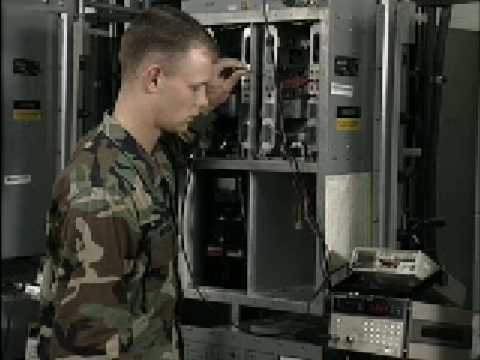 a report on the choice of career as an army officer Members of the us military service train for and perform a variety of tasks in  order to maintain the us national defense servicemembers work in  occupations.