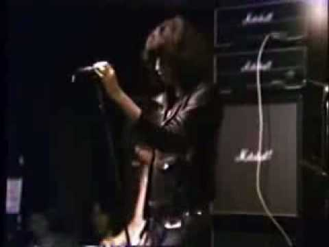 The Ramones - Oh Oh I Love Her So Live 1977