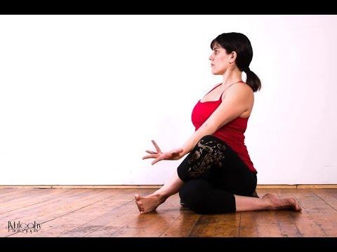 Strengthen and stretch the hip, alleviate hip bursitis