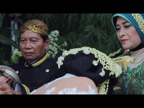 THE WEDDING OF DEA AND DHIKA