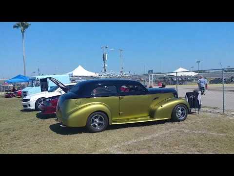 1939 Pontiac Custom Hot Rod review