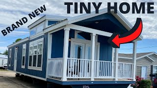Astonishing Little Tiny House With A Porch!! Tiny Home Tour