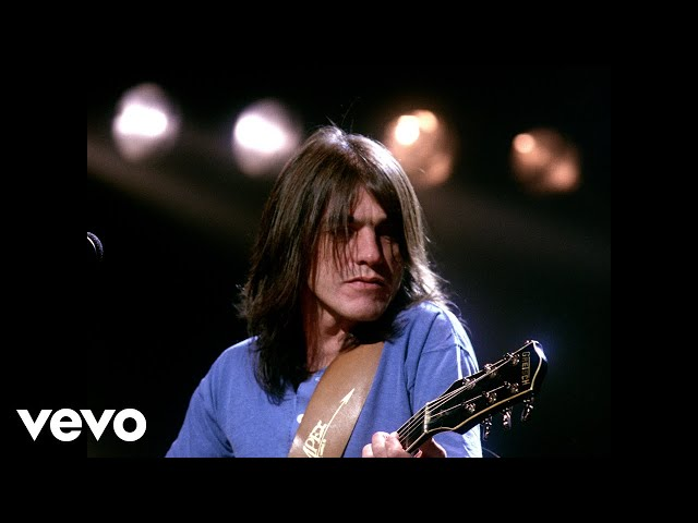 AC/DC - Thunderstruck (Official Music Video)