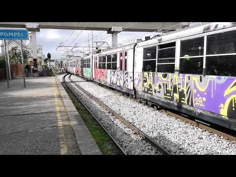 Treni sulle linee Napoli-Salerno (Trenitalia) e Napoli ...