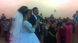 Невеста поет, казахская песня