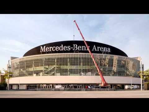 On the road to Mercedes-Benz Arena: Der Umbau im Zeiraffer
