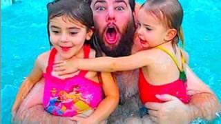Repeat youtube video SWIMMING IN VEGAS! (11/29/09-270)