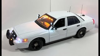 1/18 Unmarked Slicktop Security Ford Crown Victoria with Working Lights (CUSTOM ORDER)