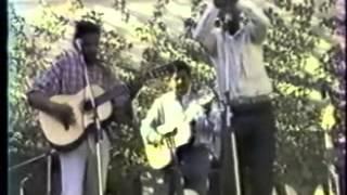 Tsisy tsiny ny amin'iny Mahaleo R3A 1985