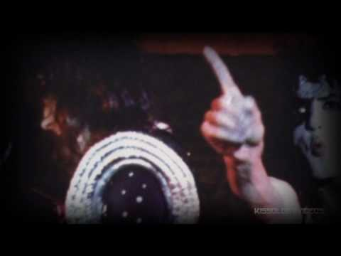 KISS - Dressed to Kill & Alive! Tour (HD Slideshow)