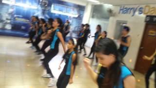 Cursos Vacacionales: coreografia Flotando