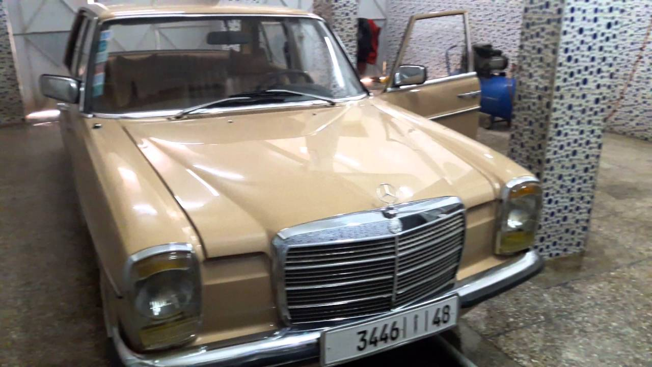 voiture de collection mercedes benz 220 diesel w 115 mod le 1976 boite vitesse automatique youtube. Black Bedroom Furniture Sets. Home Design Ideas