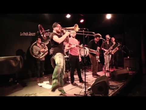 Hi-Hat Brass Band - Crazy in Love