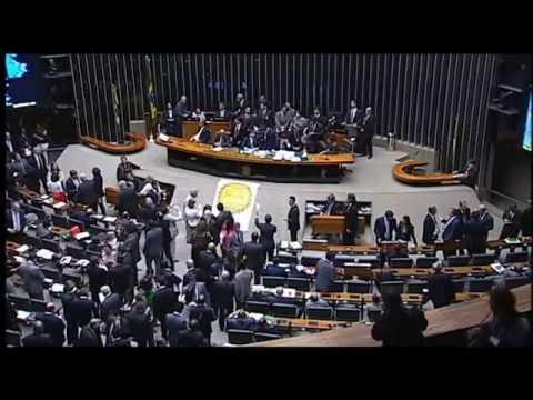 Deputados e senadores se reuniram em sessão conjunta do Congresso Nacional