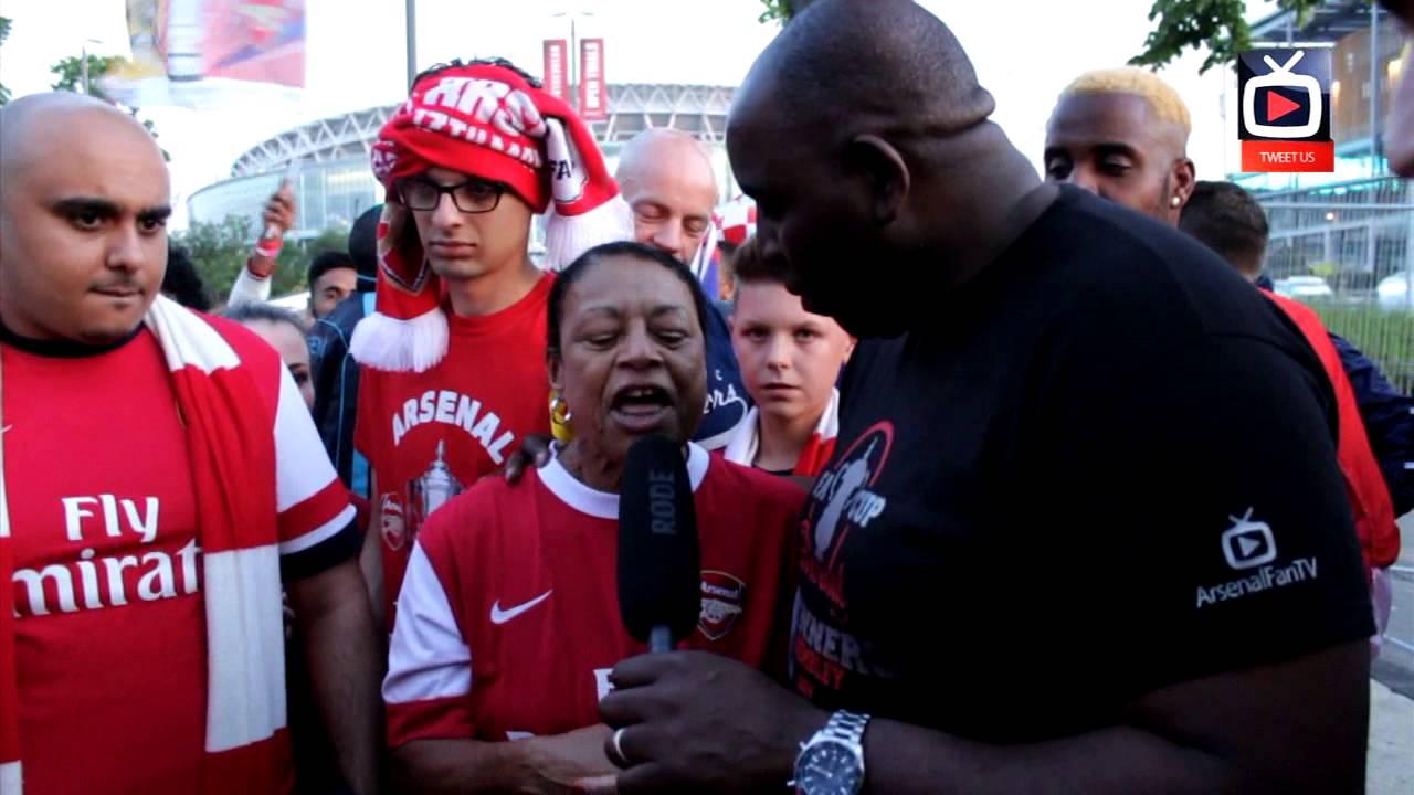 FA Cup: Arsenal 3 Hull 2 - She's Wearing A Yellow Ribbon