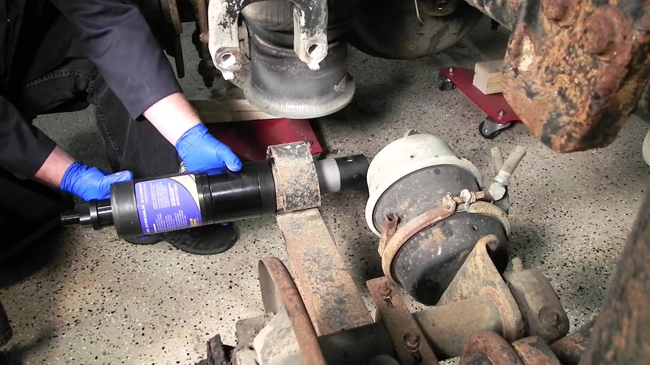 servicing freightliner airliner peterbilt low air leaf pin and bushings using tiger tool 15030 [ 1280 x 720 Pixel ]