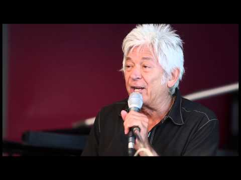 "Ian McLagan and the Bump Band - ""Get Yourself Together"""