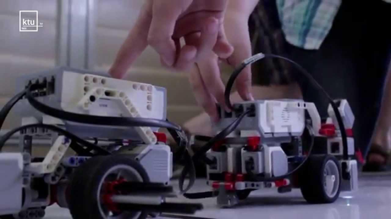 10 geriausių dvejetainių parinkčių robotas)