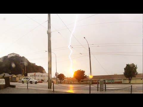 Lightning Strikes Wellington Zephyrometer! (original)