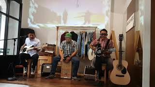 Kebunku - Hey Cantik (Live at Gingham Box Secret Gig #7)