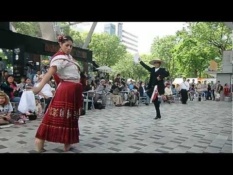 Marinera en Japon Ana Y Jose Suhara